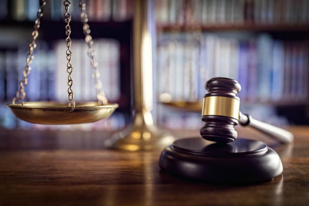 Koçak Hukuk | Ceza Avukatı Nedir ? Sorumlulukları Nelerdir ?