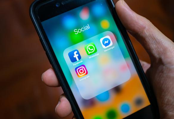 Kocak Hukuk | Telefon Görüşmelerini Smsleri yada Whatsapp Mesajlarını Haklı Bir Sebeple Yayınlamak Suç mu?