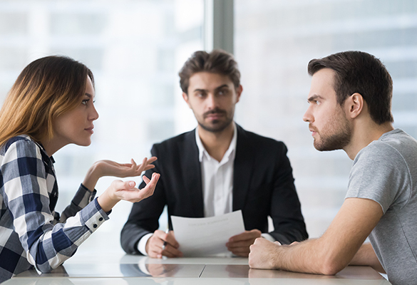 Kocak Hukuk | Gizli Elde Edilmiş Ses ve Görüntülerin Boşanma Davasında Delil Olarak Sunulması ve Haberleşmenin Gizliliği İhlal (T.C.K 132) Suçu